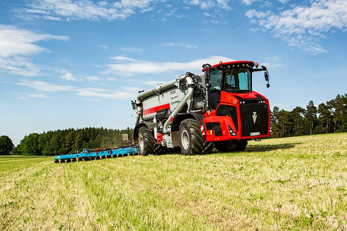 Der neue Terra Variant 650 mit stufenlosem Getriebe. (Foto: Holmer)