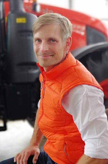 """""""Wir freuen uns sehr über die RHASS-Silbermedaille für diese Innovation"""", berichtet Nicolas Blumberg, Produktmanager für die Traktoren der M-Serie von Kubota in Deutschland."""